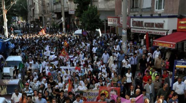 Diyarbakır'da Öcalan'a Özgürlük Yürüyüşünde Gerginlik