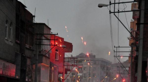 Diyarbakır'da Olaylar Çikti
