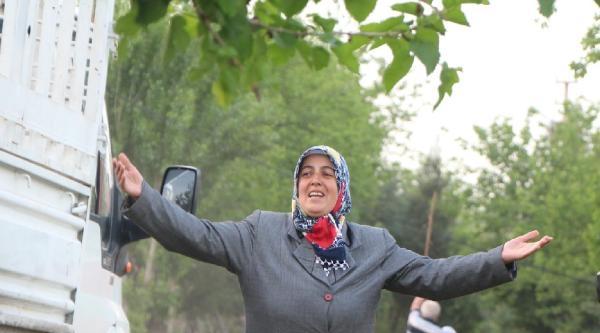 Diyarbakır'da Pkk'nın Alıkoyduğu Öne Sürülen Çocuk Serbest Bırakıldı(2)