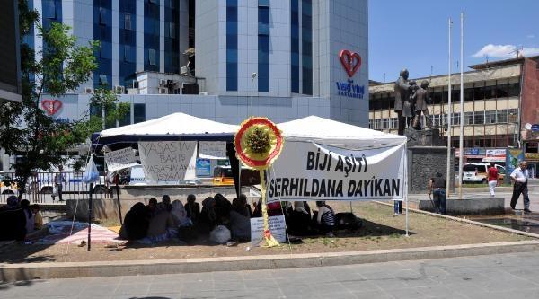 Diyarbakır'daki Ailelerin Eylemi Sürüyor