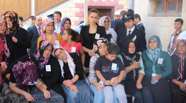 Diyarbakır'daki Kazada Şehit Olan Polis Afşin'de Toprağa Verildi - Ek Fotoğraf