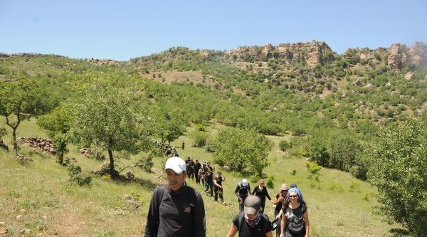 Diyarbakırlı Dağcılar, Bu Kez Kralkız Barajı Çevresindeki Dağlara Tırmandı