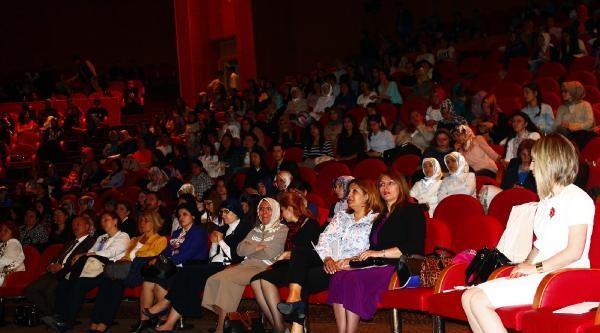 Doçent Aytekin: Hemşireler Bezdirilmiş, Sindirilmiş İnsan Gücü