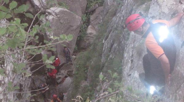 Doğa Yürüyüşü Yapan 5 Sağlıkçı, Uludağ'dan İnerken Mahsur Kaldı (3)