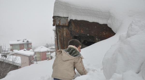 Doğu'da Karla Mücadele Ekipleri Seferber Oldu (Ek Fotoğraflar)