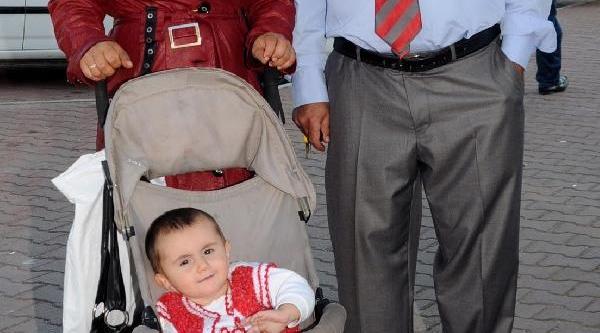 'doğuma Doktor Girmedi, Bebeğin Kolu Sakat Kaldi' Iddiasi