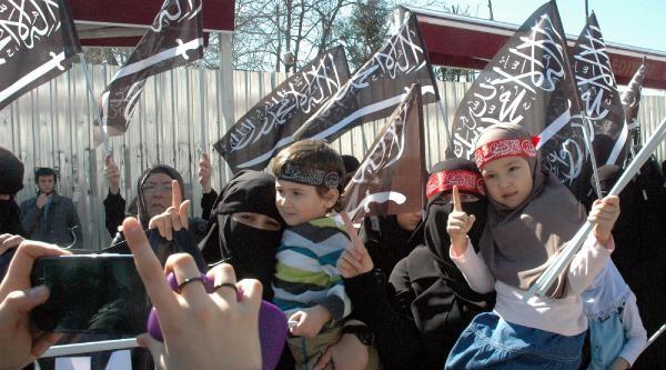 Dokko Umarov İçin Gıyabi Cenaze Namazı Kılındı