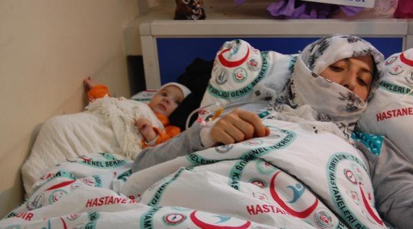 Doktorlar Kisti Temizledi, 5 Çocuk Annesinin Böbreğini Kurtardı