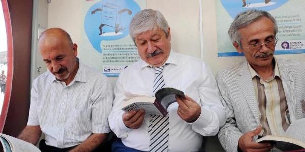 'dolaşan Kitaplar' Antalya'da