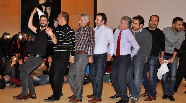 'düğün Dernek' Ekibine Sivas'ta Yoğun Ilgi