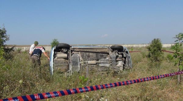 Düğüne Giden Otomobil Takla Attı 1 Ölü, 3 Yaralı