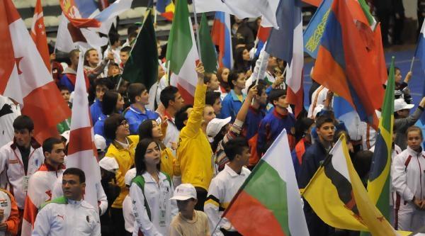 Dünya Gençler Wushu Şampiyonasi Antalya'da Başladı