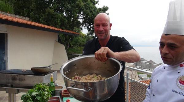 Dünyaca Ünlü Şef Pluıjm, Ege Yemeklerine Hayran