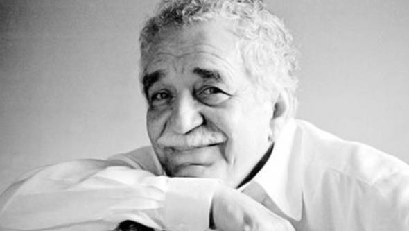 Dünyaca ünlü yazar hayatını kaybetti...