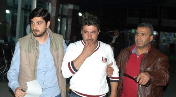 'dur' İhtarina Uymayan Sürücü Polise Çarpip Kaçtı (2)