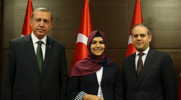 Ecdada Mektup Yarışmasında Türkiye Birincisi Oldu, Daktiloya Kavuştu