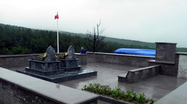 Ece Bey'in Anıt Mezarı Restore Edildi