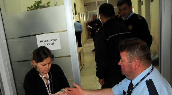 Edirne Emniyet Müdürünün Kan Bağışı İçin Uzandığı Sedye Kırıldı