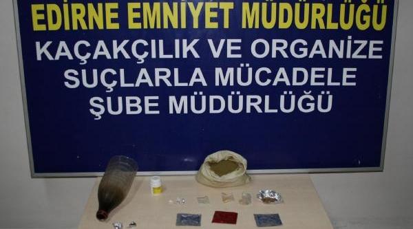 Edirne'de Polisten Uyuşturucu Operasyonu