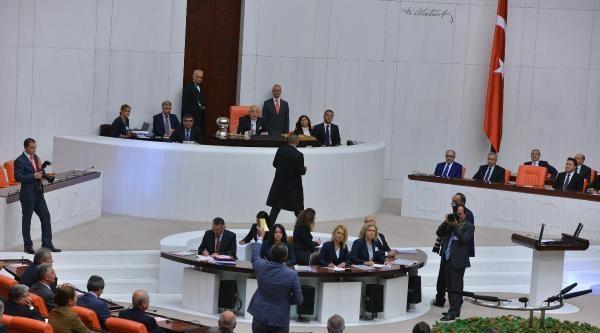 Eerdoğan, Meclis'te Mazbata Aldı, Yemin Etti / Ek Fotoğraf