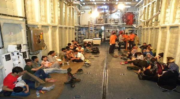 Ege Denizi'nde 212 Kaçak Yakalandı