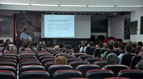 Egeli Halk Sağlıkçıları Bolge Toplantısını Soma'da Yaptı