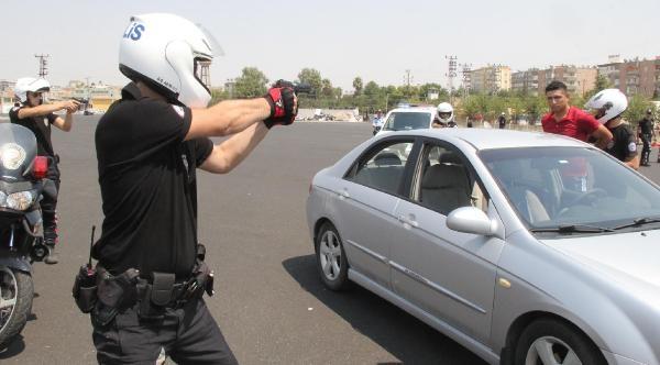 Eğitimini Tamamlayan 32 Polise Sertifika Verildi