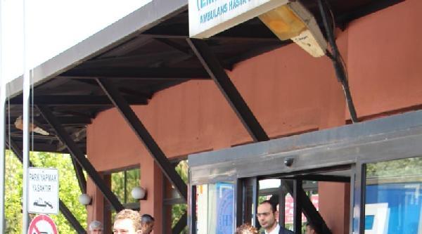 Ek Bilgi Ve Fotoğraf /// 1 Mayıs'ta Gözaltına Alınanlar Sağlık Kontrolünden Geçirildi