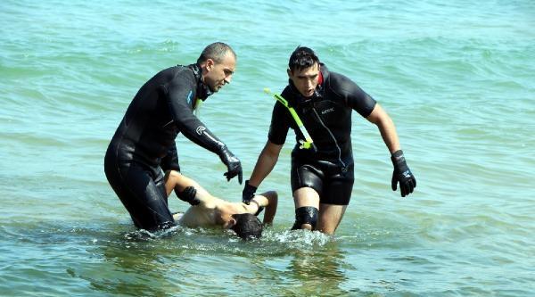 Ek Bilgi Ve Fotoğraf /// İki Kardeş Denizde Boğuldu