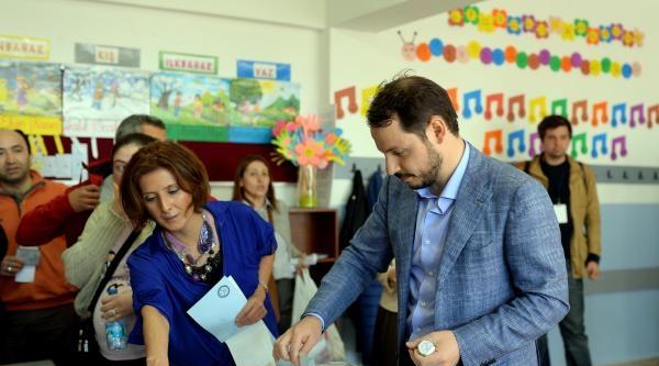 Ek Fotoğraf -  Başbakan Erdoğan Oyunu Kullandı
