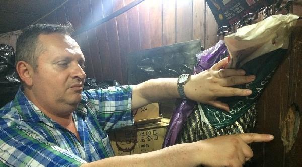 (ek Fotoğraf) Beyoğlu'nun En Eski Dükkanına Boşaltın Tebligatı