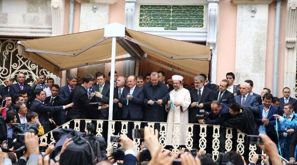 Ek Fotoğraf//başbakan Erdoğan Restore Edilen Ortaköy Mecidiye Camii'nde