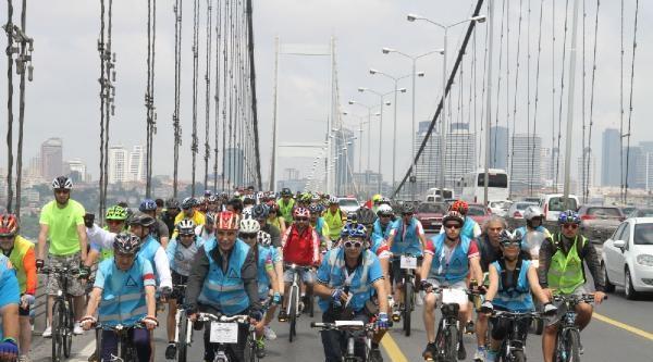 Ek Fotoğraflar - 10 Bin Bisikletli Boğaziçi  Köprüsü'nden Geçti