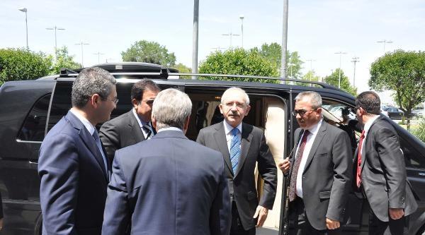 (ek Fotoğraflar-2) Kılıçdaroğlu 2 Saat Uçakta Bekledi (2)