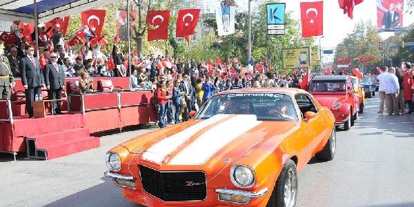 Ek Fotoğraflar - Bağdat Caddesi'nde Renkli 29 Ekim Kutlamasi