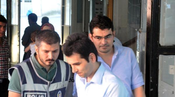 (ek Fotoğraflar) Gözaltına Alınan Polisler Sağlık Kontrolünden Geçirildi
