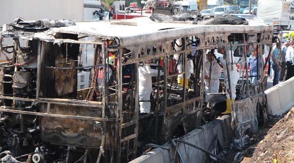 Ek Fotoğraflar -  Halk Otobüsü Yandı