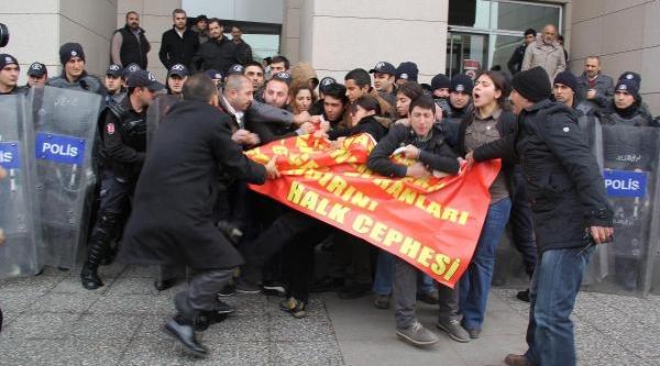 Ek Fotoğraflar / Istanbul Adalet Sarayi Önünde Polis Müdahalesi (1)