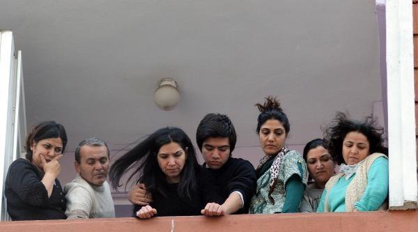 Ek - Fotoğraflar - Kılıçdaroğlu Berkin Elvan'ın Ailesini Ziyaret Etti