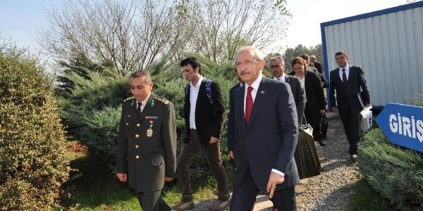 Ek Fotoğraflar - Kiliçdaroğlu, Teğmen Çelebi'nin Nikahi Için Cezaevinde (1)