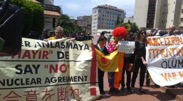 Ek Fotoğraflar - Nükleer Santraller Zirvesi Protesto Edildi