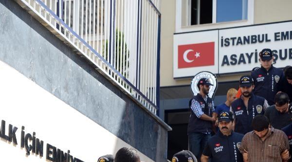 Ek Fotoğraflar /// Polis Yelekli Gasp Çetesi Çökertildi