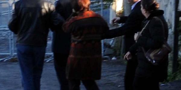 Ek Fotoğraflar - Üniversite Öğrencisi Başak Özdenoğlu, Fsm'den Atladi