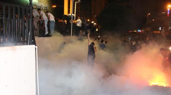 Ek Fotoğraflarla// İsrail Konsolosluğu Önünde Polis Müdahalesi