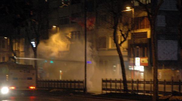 Ek Fotoğraflar//şişli'de Polis Müdahalesi