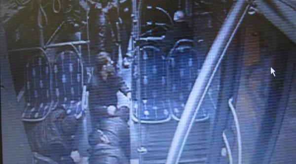 Ek - Metrobüs Durağindaki Cinayet, Polis Memuruyla Alay Edilmesinden Çikmiş