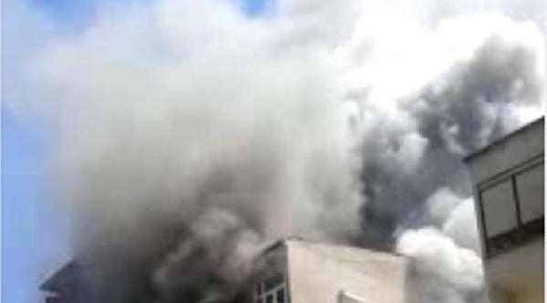 Ek /// Zeytinburnu'nda Patlama (3)