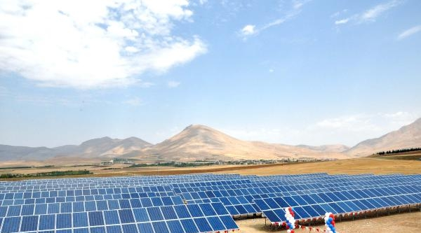 Ekinözü'nde Güneş Enerjisiyle Çalişan Elektrik Santrali Açıldı
