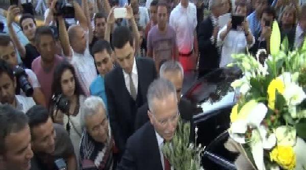 Ekmeleddin İhsanoğlu, Chp'nin Sarıyer'deki İftarina Katıldı-2