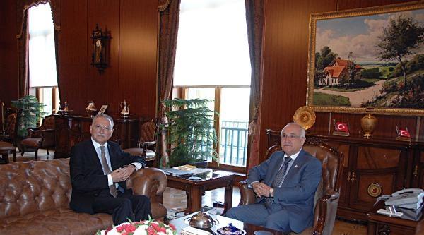Ekmeleddin İhsanoğlu, Tbmm Başkanı Çiçek'i Ziyaret Etti